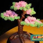 Бонсай из бисера - это не только лишь хорошее украшение интерьера, да... деревьев из бисера. работа достаточно...